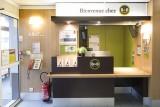 Hôtel B&B Clermont-Ferrand Le Brezet Aéroport réception