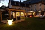 Hotel Le Castelet - garden and terraces