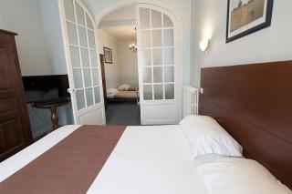 Hôtel Le Châtel à Royat - Chambre familiale