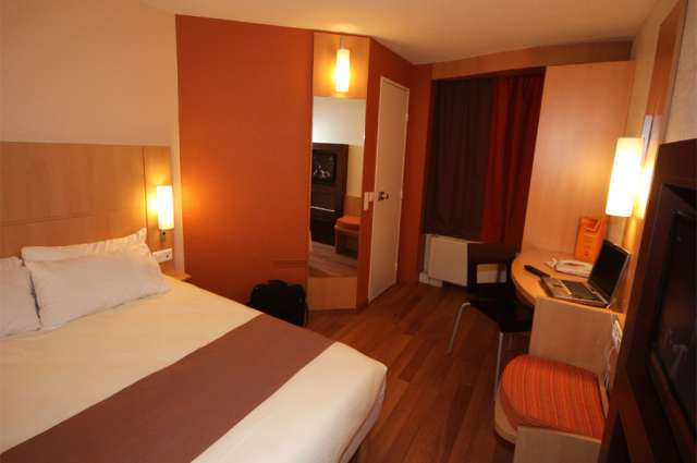 Hotel Ibis Clermont Ferrand Sud - Carrefour Herbet - double room