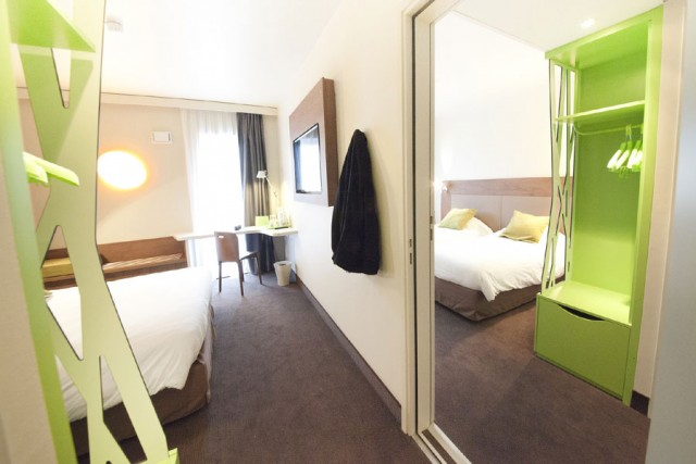 Hotel Campanile Clermont-Ferrand Centre - quadruple family room