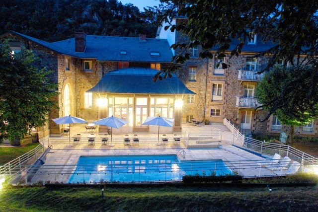 Hotel les Bains Romains - outside