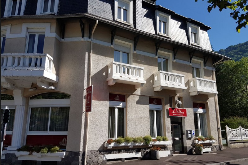 hotel-le-wilson-enseigne-1248