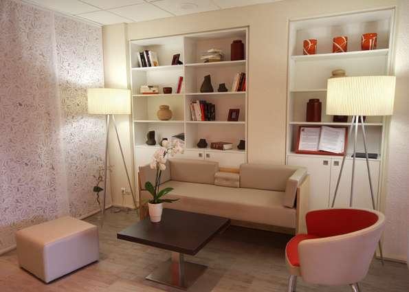 Hôtel Ibis Clermont-Ferrand Sud - Salon de détente