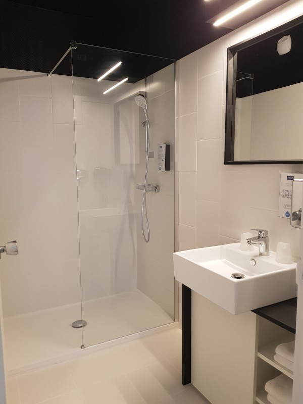 Hôtel Kyriad Centre - Salle de bain